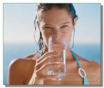 Полезная привычка - пить чистую воду!
