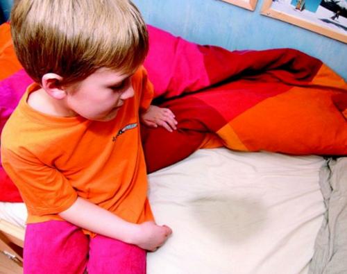 Энурез у детей, причины, симптомы, лечение